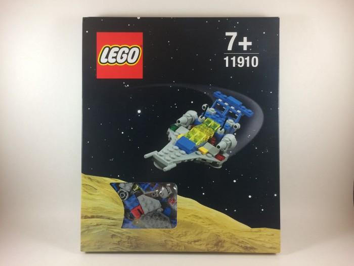 Micro Scale Classic Space Cruiser 11910 with DK Publishing's Great Lego Sets Book